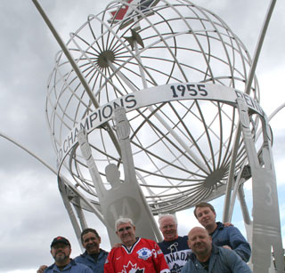 1955 Vees Ivan McClelland & Kevin Conway pose with Ripley's Stainless employees in front of the tribute sculpture. (Photo: Contributed)