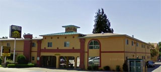 Motel Clerk Robbed At Knife Point Kelowna News