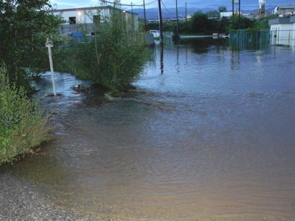 Mill Creek Floods Out Businesses Kelowna News Castanet Net