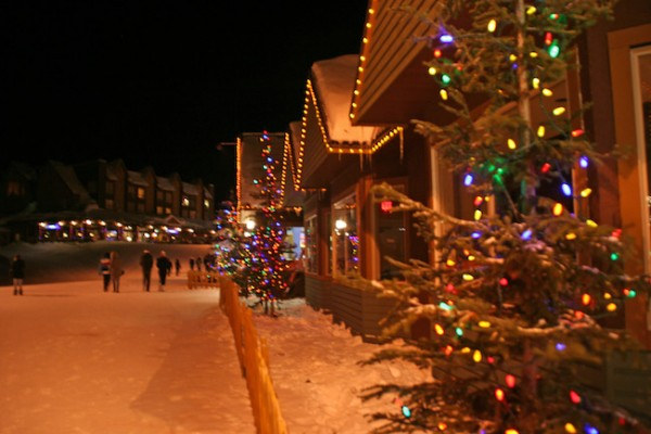 String Lights Kamloops : Lights aglow on Big White - Kelowna News - Castanet.net