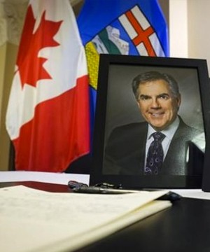 Alberta Premier Rachel Notley remembered Jim Prentice on Wednesday as gracious, statesmanlike and visionary as her office announced plans to honour him at a state memorial.