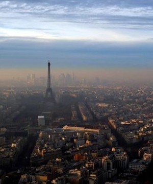 Facing its worst winter pollution in a decade, Paris is sticking to controversial traffic restrictions.