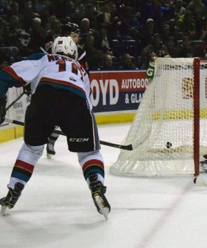 The Moose Jaw Warriors came into Prospera Place Wednesday and skated away with a 3-2 overtime victory.