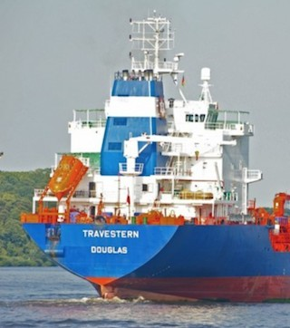 Tanker restarts journey to Quebec after running aground.