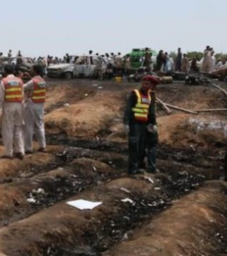 More than 150 killed in explosion after trying to get fuel from leaking oil tanker.