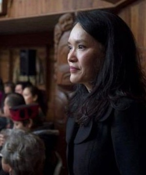 The Liberal government is misleading people when it says there's no advantage to crossing illegally into Canada to seek asylum, NDP MP Jenny Kwan says.