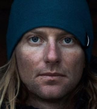 Generous British Columbians have teamed up to help support the family of deceased B.C. freeskier.