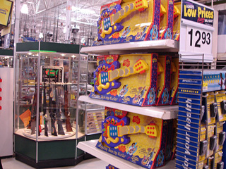 A Wal-Mart in Texas (Flickr Creative Commons: fatcontroller)