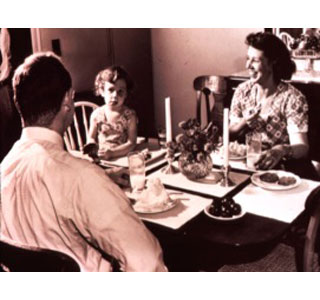 Family time around the dinner table is valuable and healthy. (Photo: Contributed)