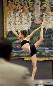 That S A Stretch Yoga Competition Entertainment News Castanet Net