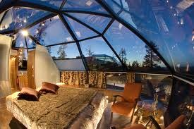 Worlds five most amazing resorts travel review castanet 2 hotel kakslauttanen finland publicscrutiny Image collections