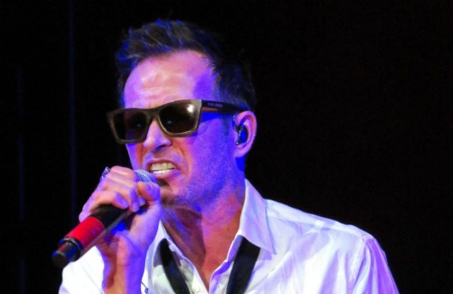 Scott Weiland, Stone Temple Pilots singer, dead at 48