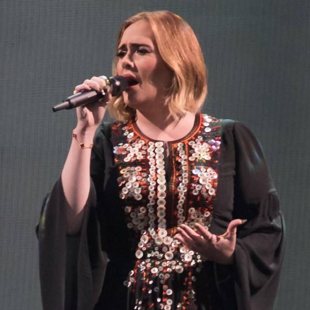 Has Adele Tied The Knot With Partner Simon Konecki?