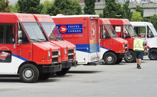 'Movement' between Canada Post and union as lockout deadline looms