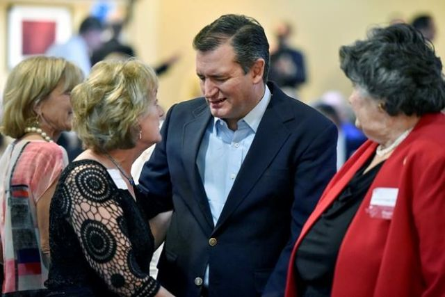 In Reversal, Ted Cruz Endorses Trump