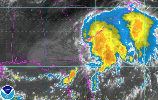 Tropical Storm Julia hits SC coast