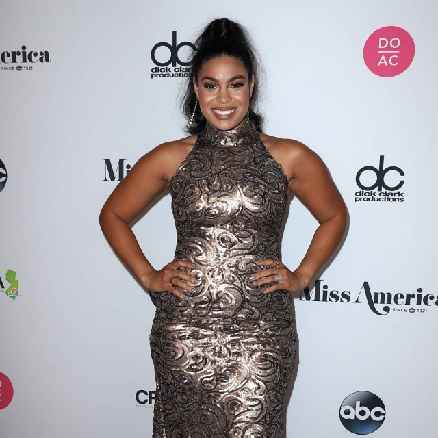Jordin Sparks having a boy
