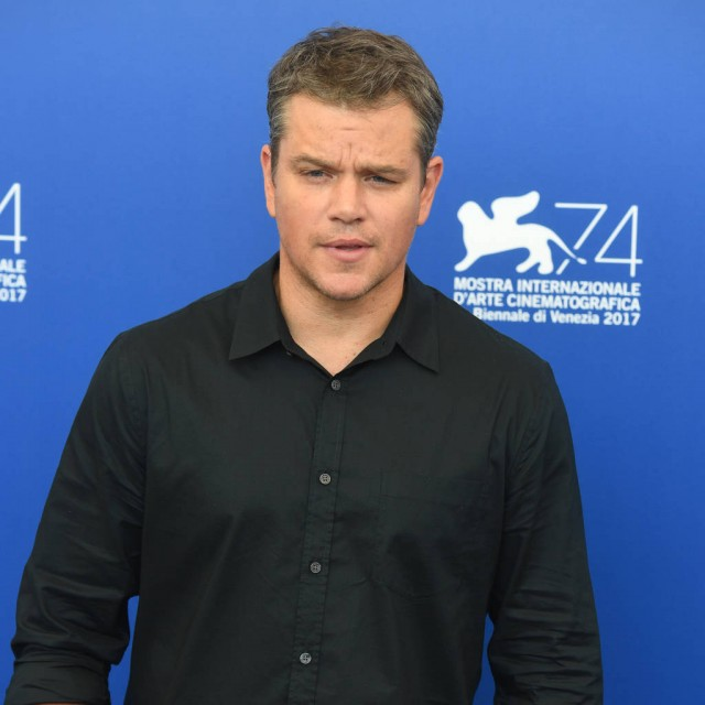Matt Damon asks for prayers as father recovers from cancer