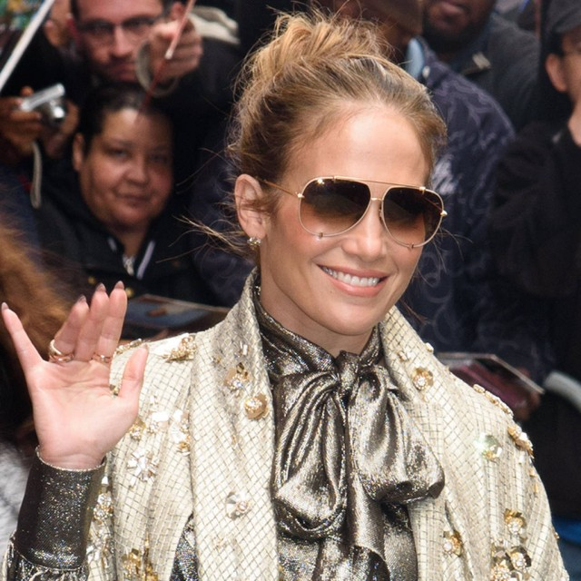 Jennifer Lopez Gets Behind This Wildly Romantic Proposal