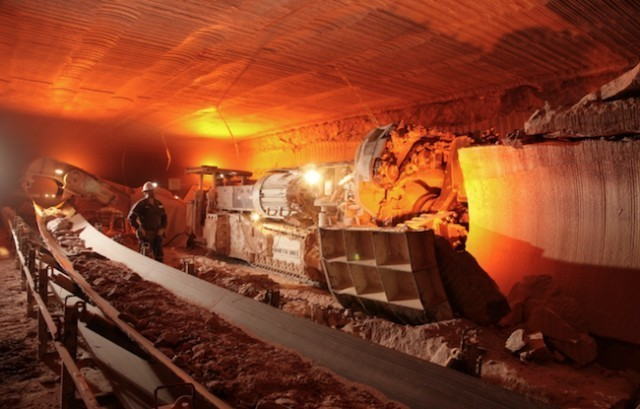 Potash Corp's profit beats as costs fall, potash sales rise