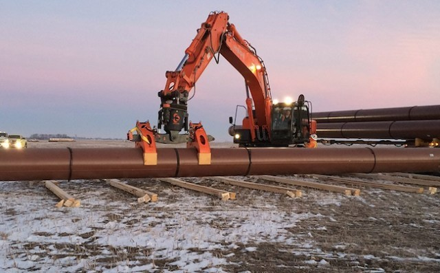 Enbridge profit falls on weak liquids pipeline business