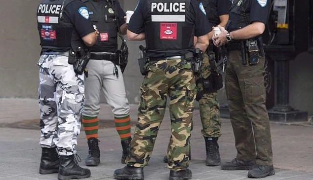 Montreal police temporarily pack up their camouflage pants