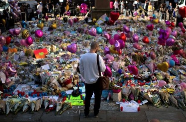 Suspects in Manchester bombing freed without charge