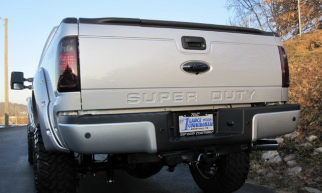 Thieves looking for big scores with stolen truck tailgates: BC police