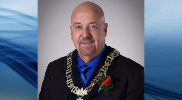 Thunder Bay mayor, wife charged with extortion
