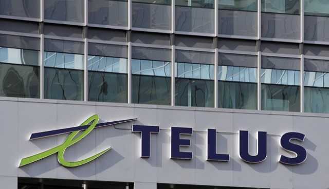 Buys 121 Shares of TELUS Corporation (NYSE:TU)