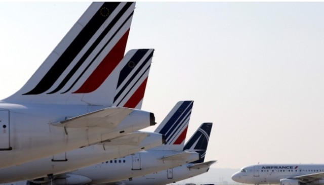 Air France says flight AF 066 suffered serious engine damage