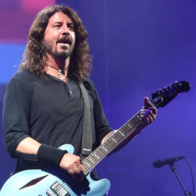 Wanna drink with Dave Grohl? Foo Fighters open bar in Bethnal Green