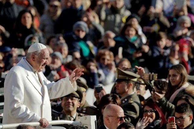 Pope Francis releases message on fake news