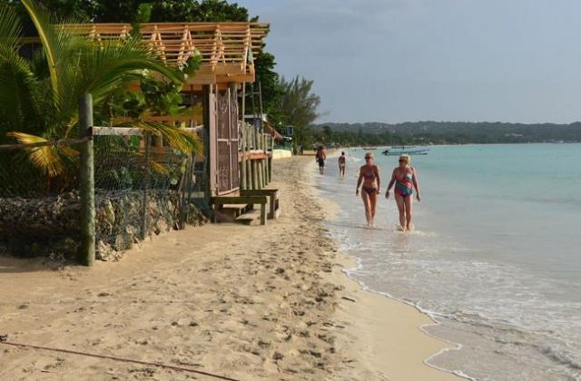 Government Urges Warning for Jamaican Travel