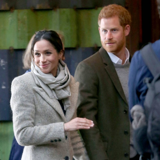 This Is What Meghan Markle's First Wedding Dress Looked Like