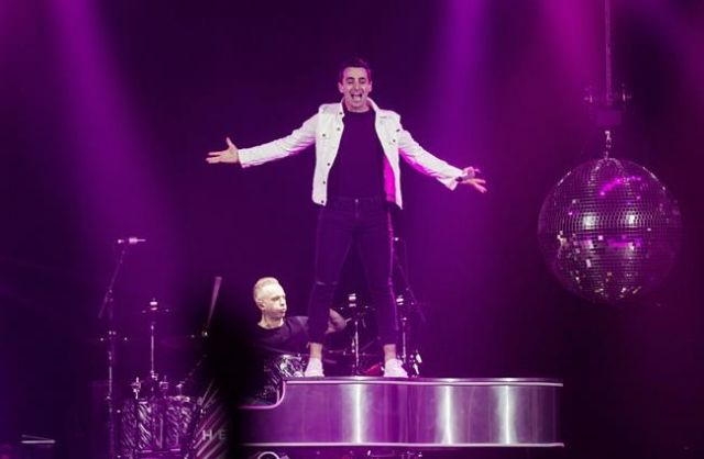 Hedley's show will go on at Kitchener Aud