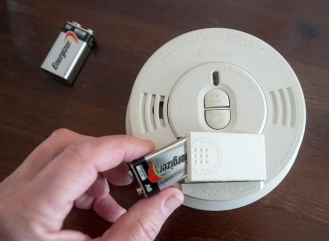 When you 'spring forward' this weekend, change your smoke alarm batteries, too