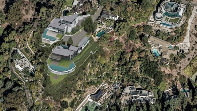 Aquilini mansion battle - World News - Castanet net