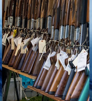 The federal Liberals are set to tighten restrictions on the sale of guns.