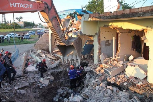 Magnitude 5.1 quake injures 39 in southeastern Turkey