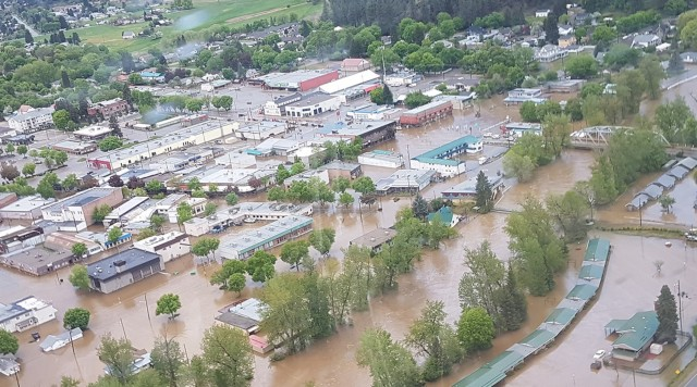 BC Interior braces for more flooding as weather warns up