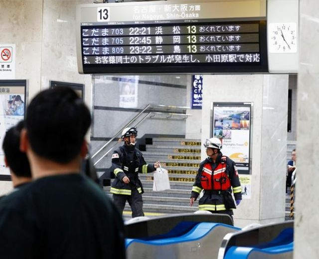 Knife attack on Japan train leaves 1 dead and 2 injured