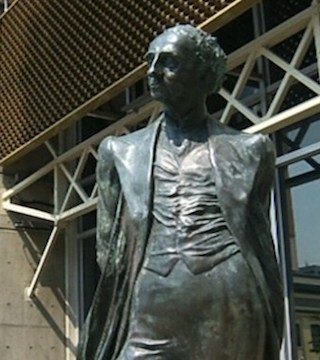 The Ontario government says it will take Victoria's statue of Sir John A. Macdonald.