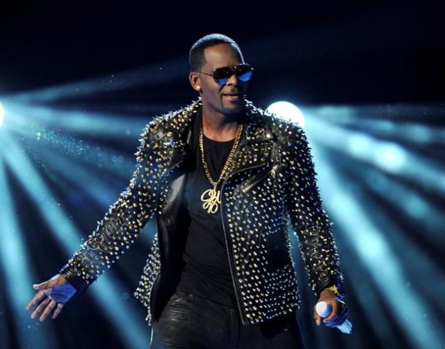 R. Kelly performs at the BET Awards in Los Angeles