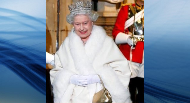 Buckingham Palace: Queen's new outfits won't use real fur - World News - Castanet.net