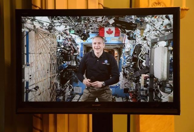 David Saint-Jacques becomes fourth Canadian astronaut to complete spacewalk — NewsAlert