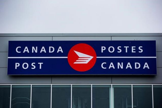 Can Post eyes stamp hike - Canada News - Castanet net