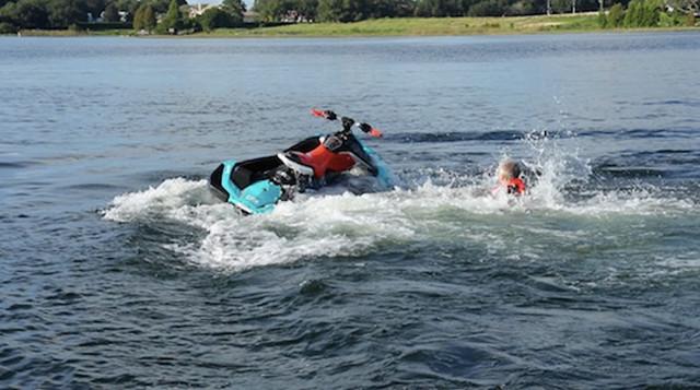 Scary minutes on the lake - Kelowna News
