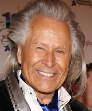 Fashion mogul Peter Nygard steps down from company over sex assault claims.
