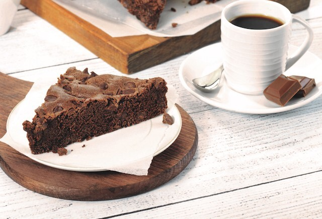 Treat yourself with decadent chocolate cherry fudge brownies - Happy Gourmand